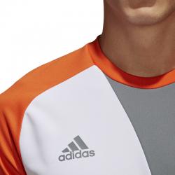 fa04415d8 Camiseta de portero con protección en los codos y una adaptación y  transpiración del cuerpo impecable